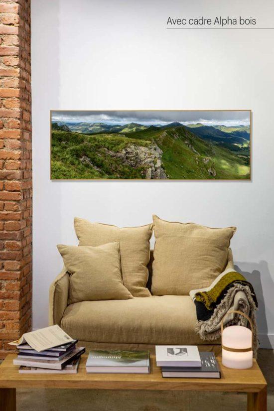 Monts du Cantal vus du Chavaroche - Avec cadre en bois (en option)